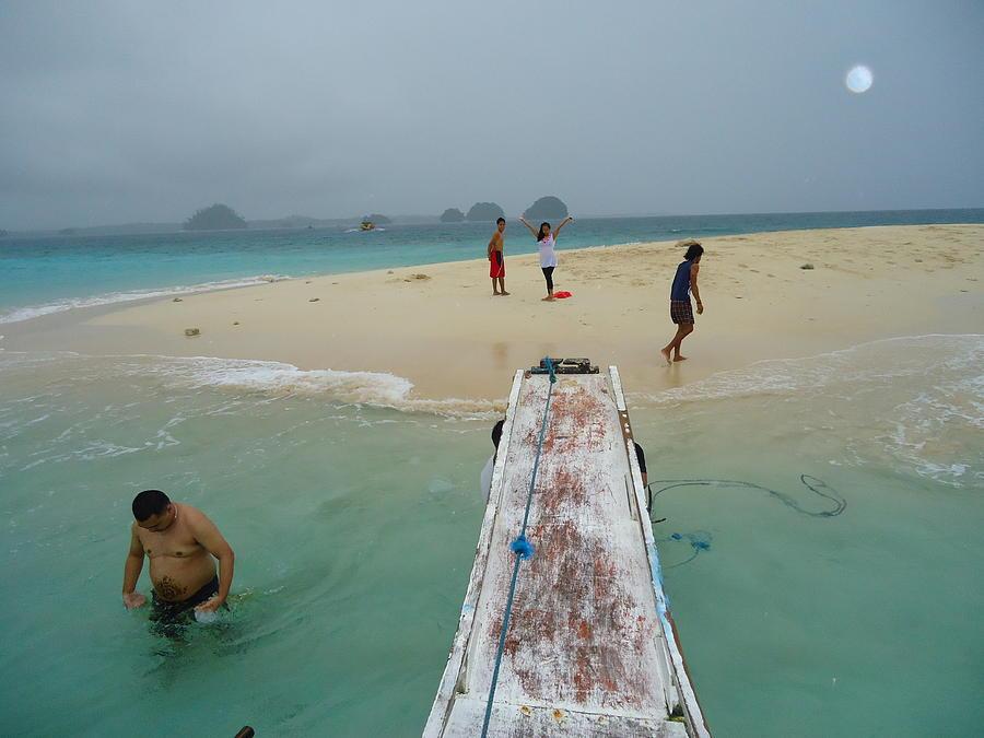 The Beautiful Islands.. Photograph - Britania Island by Fladelita Messerli-