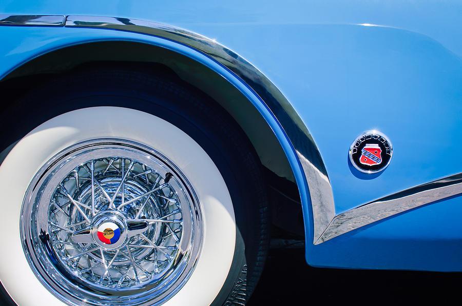Buick Skylark Wheel Emblem Photograph - Buick Skylard Wheel Emblem by Jill Reger