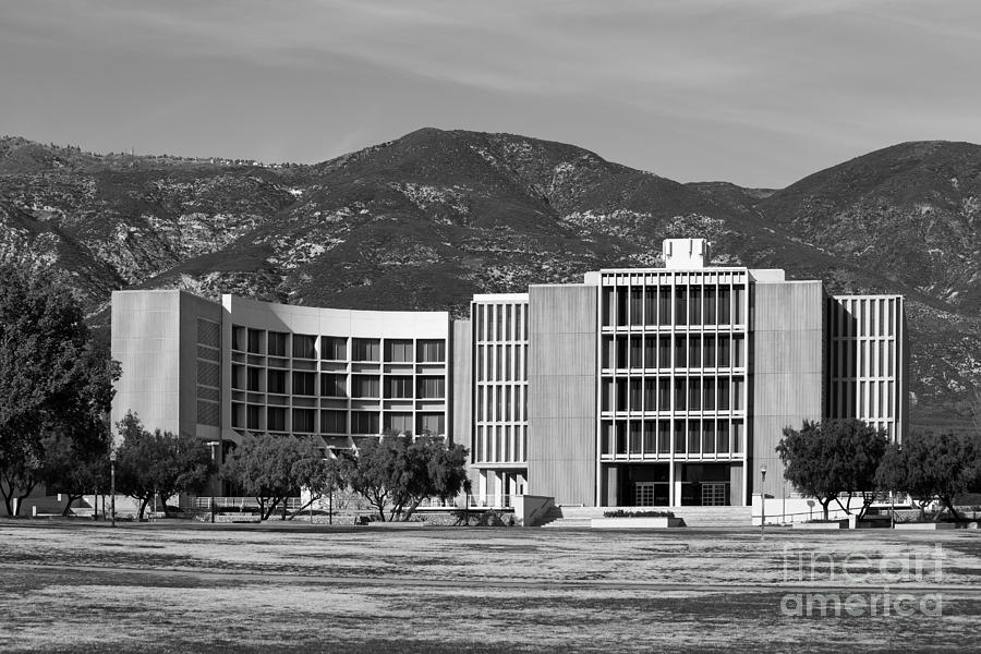 California State University San Bernardino Library Photograph