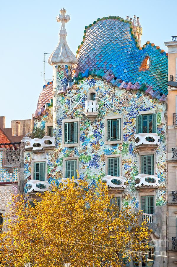 Casa Batllo - Barcelona by Luciano Mortula