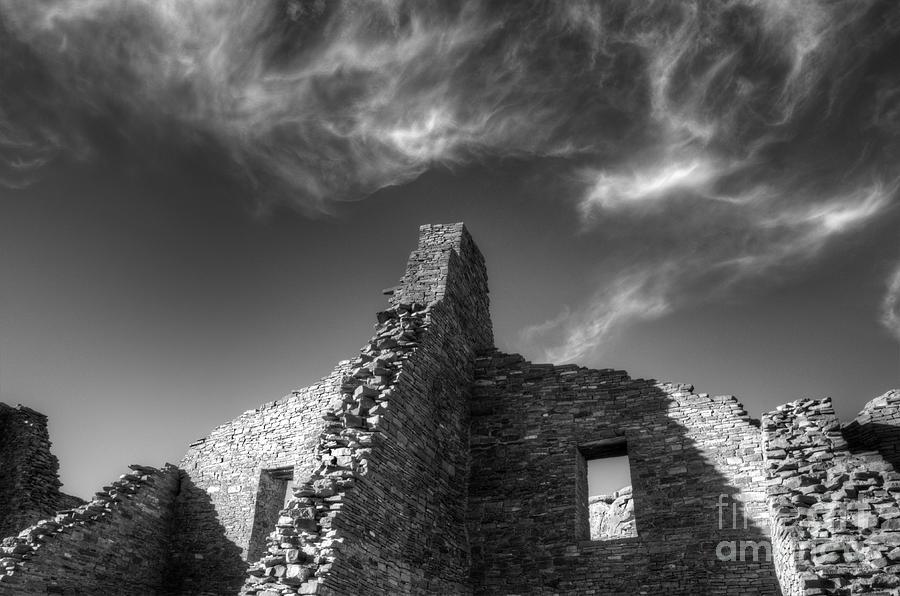 Chaco Canyon Photograph - Chaco Canyon Pueblo Bonito Monochrome by Bob Christopher