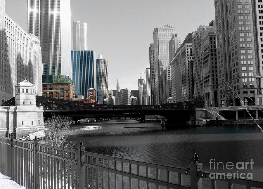 Chicago Illinois Photograph - Chicago River At Franklin Street by David Bearden