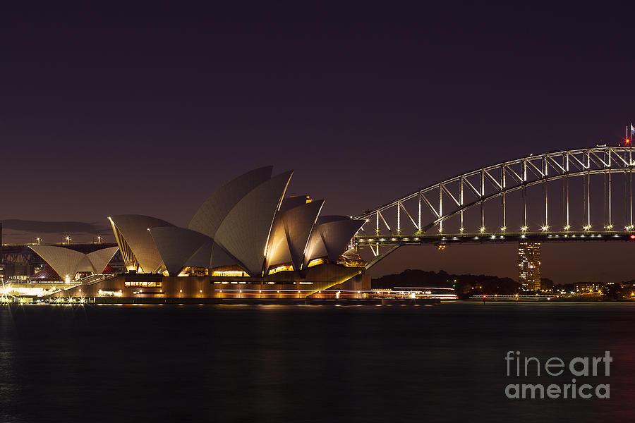 Sydney Photograph - Classic Elegance by Andrew Paranavitana