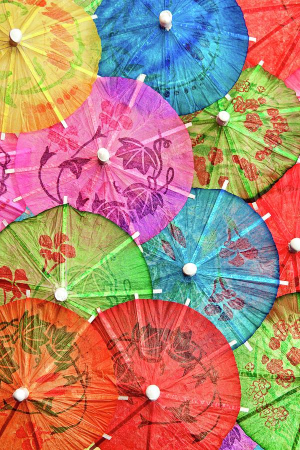 cocktail-umbrellas-vi-tom-mc-nemar.jpg