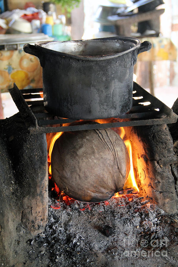 Kitchen Photograph - Coconut Stove Playa Paraiso by Linda Queally