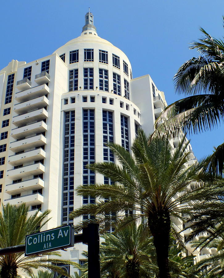 Miami Photograph - Collins Ave by Karen Wiles