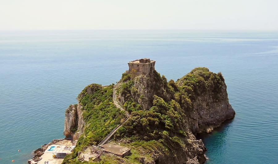 Amalfi Coast Photograph - Concu Dei Marini Amalfi by Marilyn Dunlap