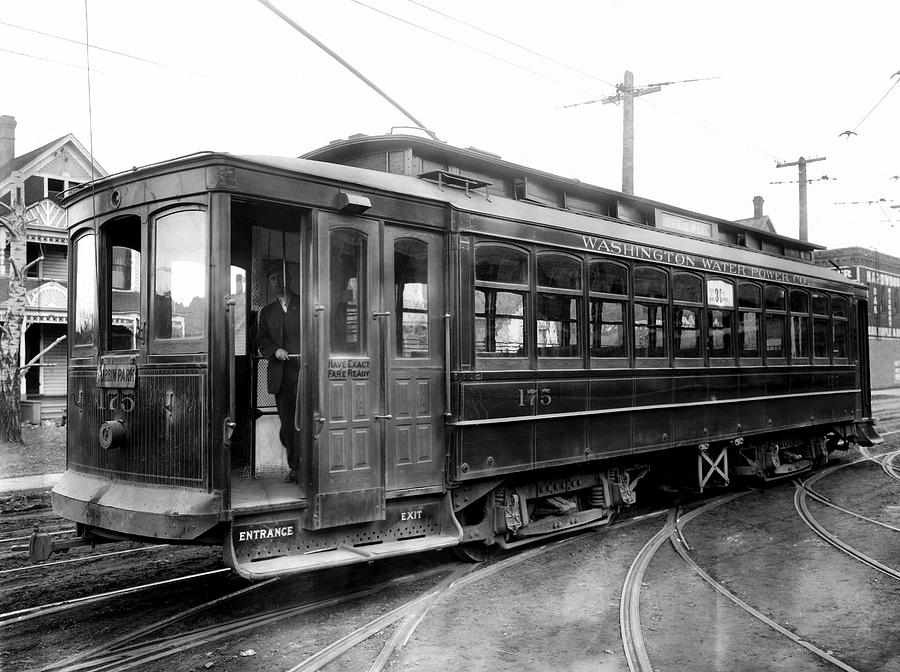 Corbin Park Street Car No. 175 - 1915 Photograph