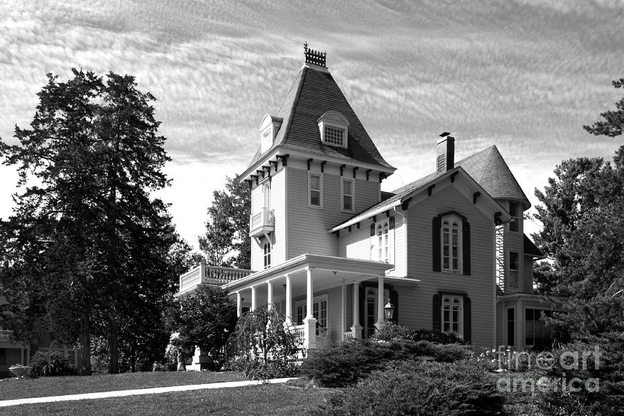Cornell College Presidents House Photograph