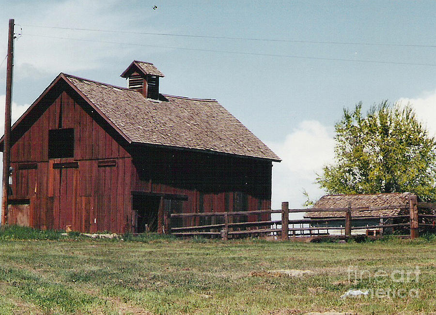 Cupola Barn Photograph By Charles Robinson