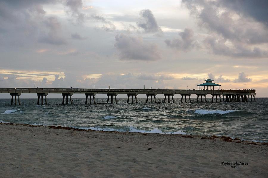 Deerfield beach international fishing pier sunrise for Deerfield beach fishing pier