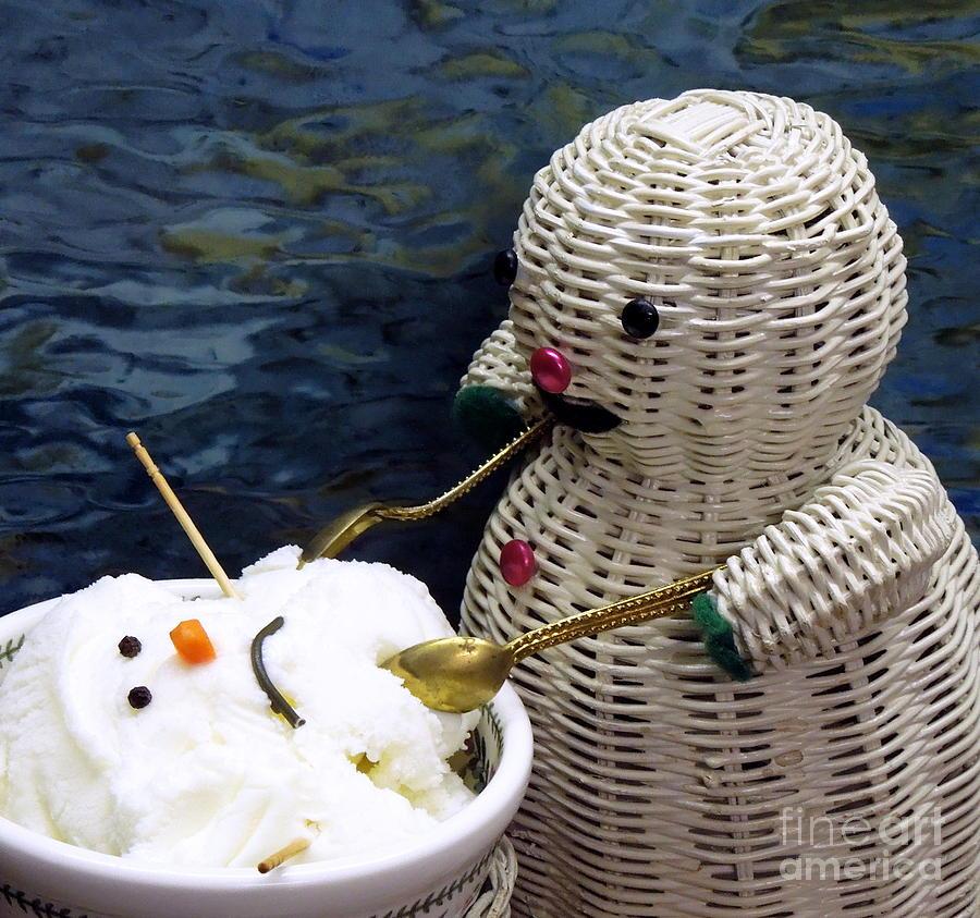 Dinnertime . Et Tu Snowman? Photograph