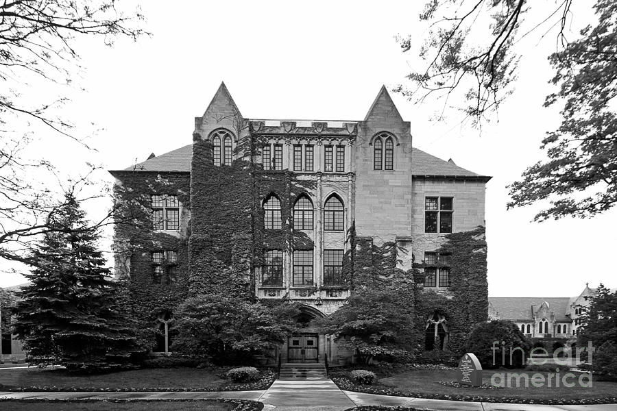 Dominican University Lewis Hall Photograph