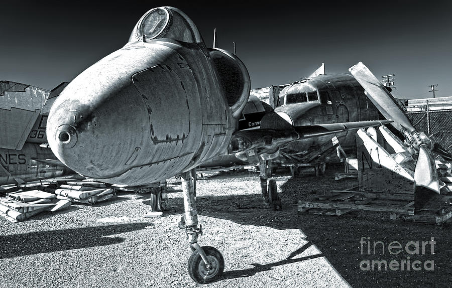 Douglas Skyhawk A-4b Photograph - Douglas Skyhawk A-4b - Black And White by Gregory Dyer