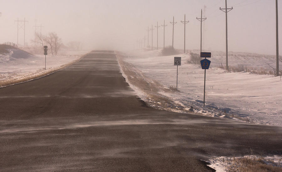 County 23 Photograph - Drifting County 23 by Wayne Vedvig