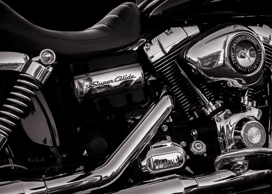 Dyna Super Glide Custom Photograph