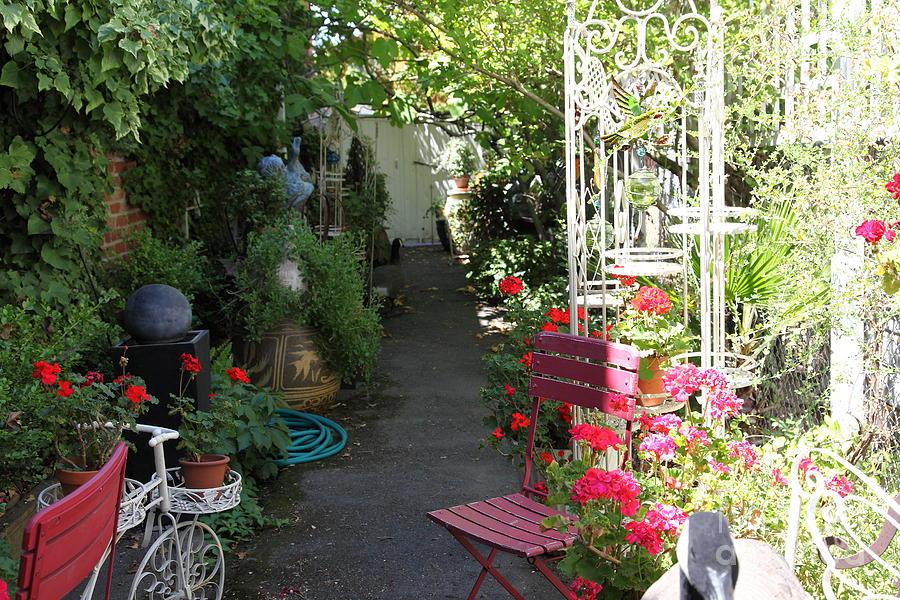 Eclectic Garden Rustic Flower Gardening Pinterest