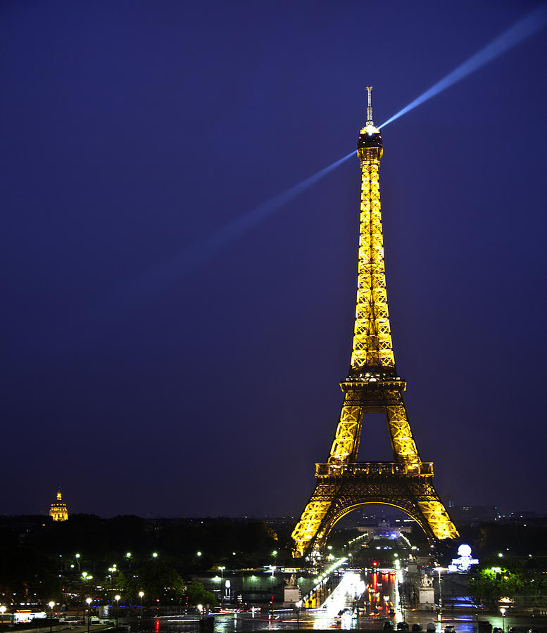 Eiffel tower beacon photograph by terry scussel