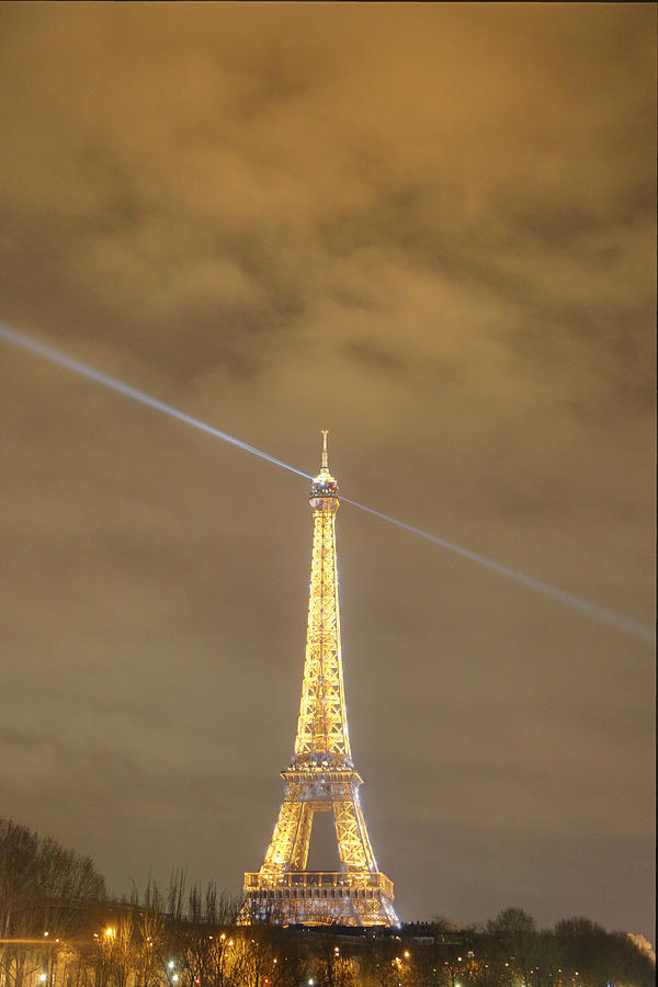 Eiffel Tower - Paris France - 011345 Photograph