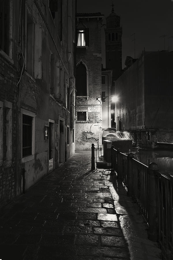 Empire Of Light 2 Photograph