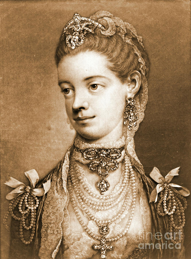 English Queen Charlotte 1762 Photograph - English Queen Charlotte 1762 by Padre Art