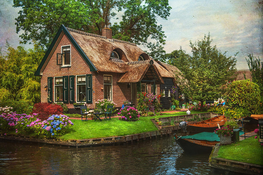 Fairytale House Giethoorn Venice Of The North Photograph