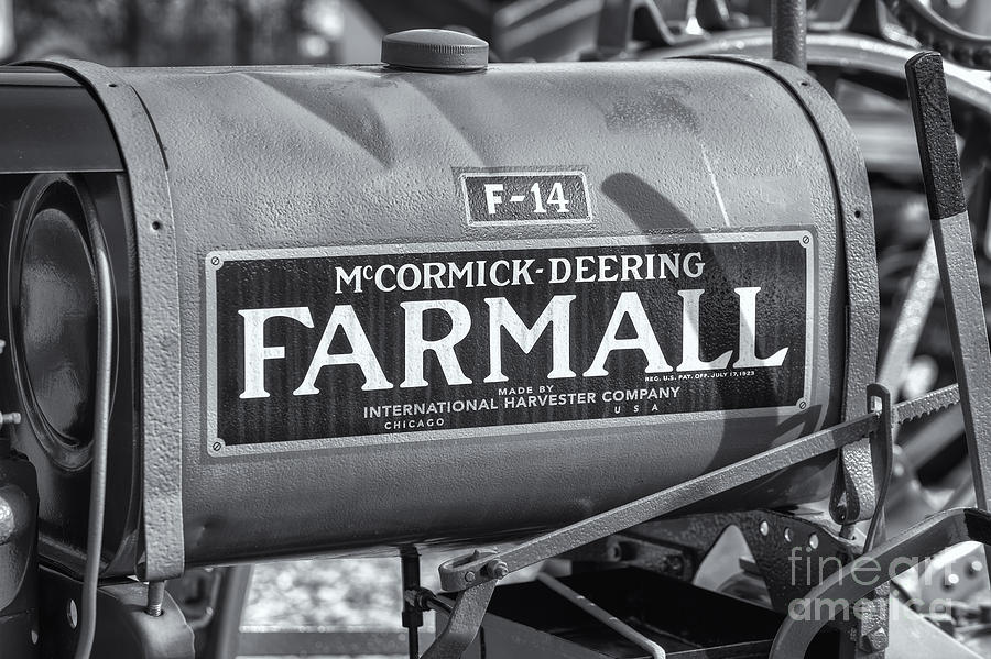 Clarence Holmes Photograph - Farmall F-14 Tractor II by Clarence Holmes
