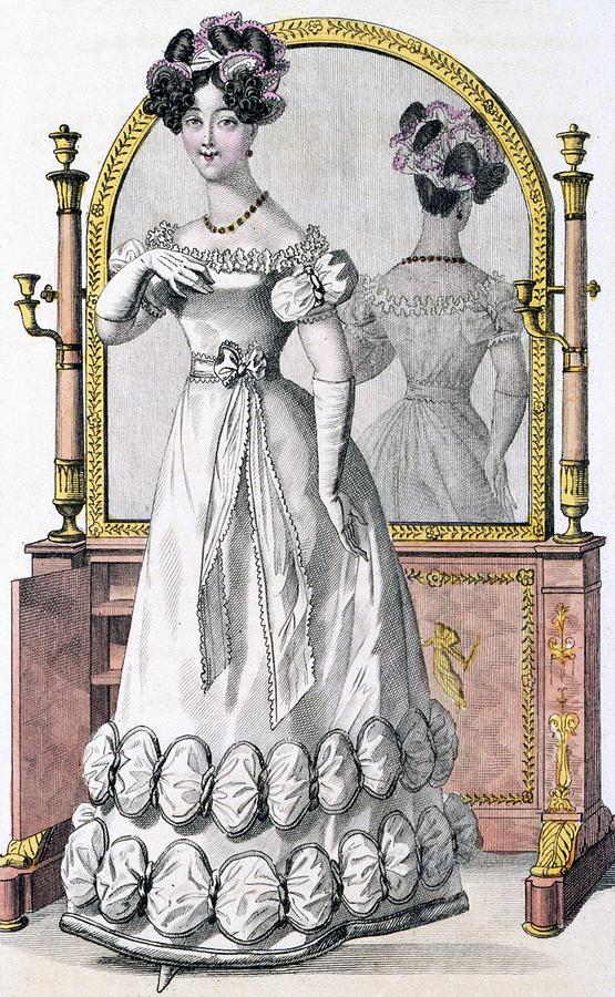 Fashion Plate Of A Lady In Evening Drawing