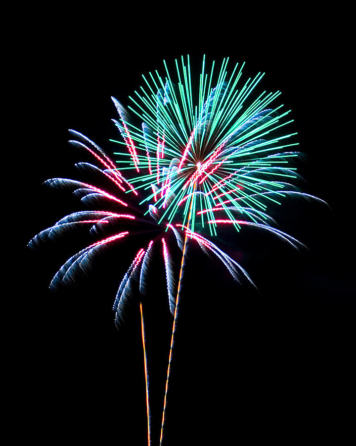4th Of July Photograph - Fireworks by Darrin Doss