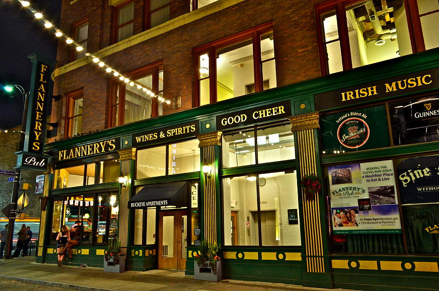 Flannerys Pub Photograph