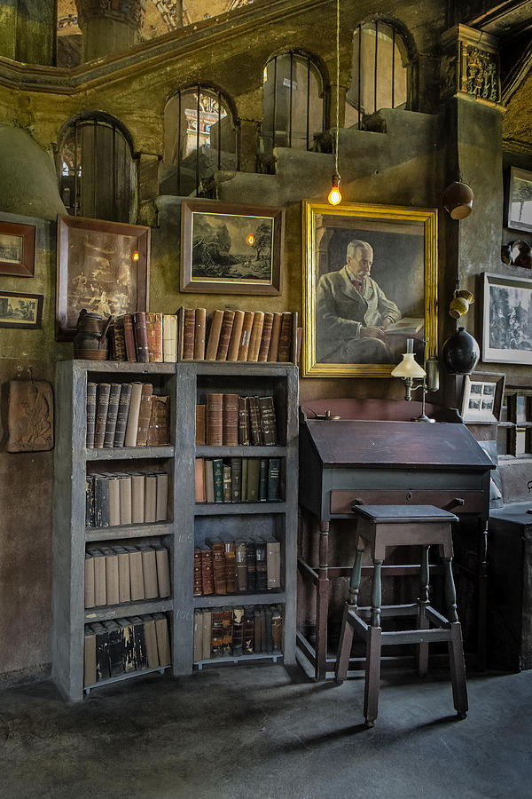 Byzantine Photograph - Fonthill Castle Saloon by Susan Candelario
