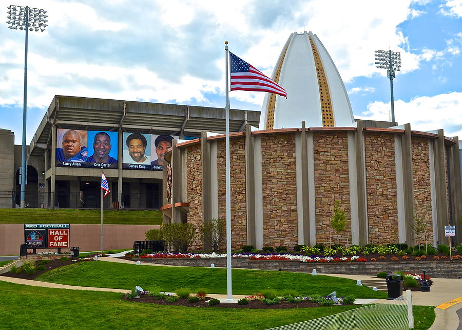 Football Hall Of Fame Photograph