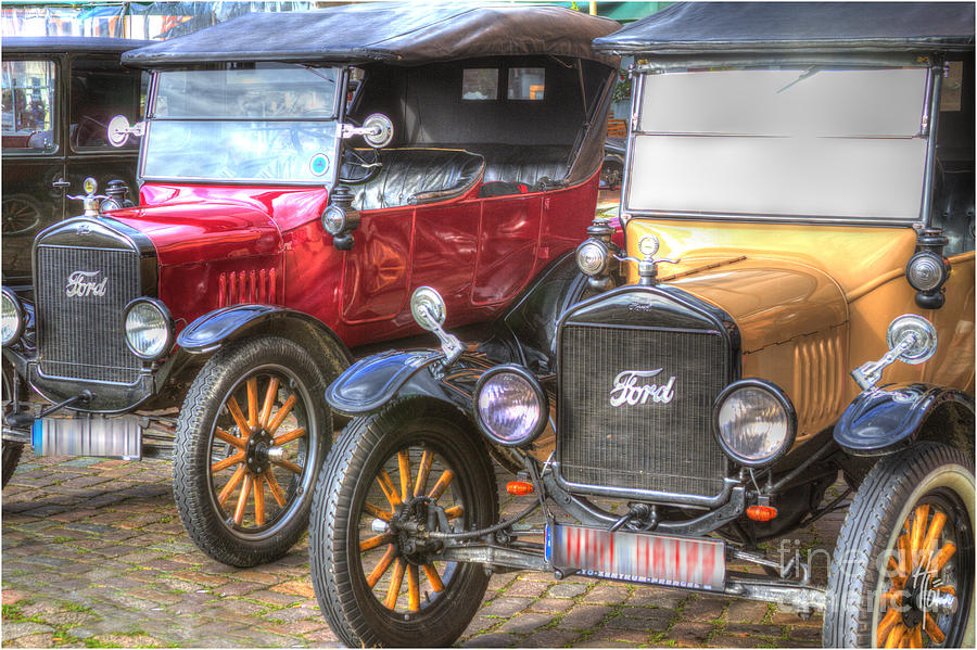 Ford_oldtimer Photograph - Ford-t  Mobiles Of The 20th by Heiko Koehrer-Wagner