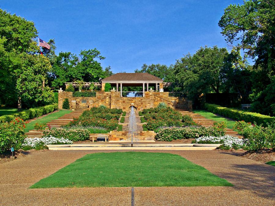 Fort Worth Botanic Garden Photograph By Robert Brown