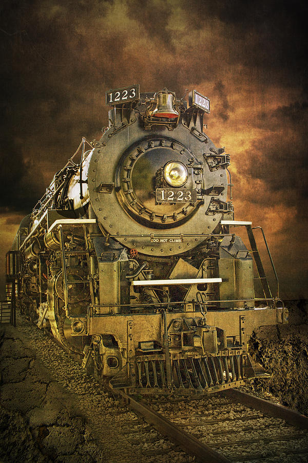 Front End Of Engine #1223 A Vintage Locomotive Train ...