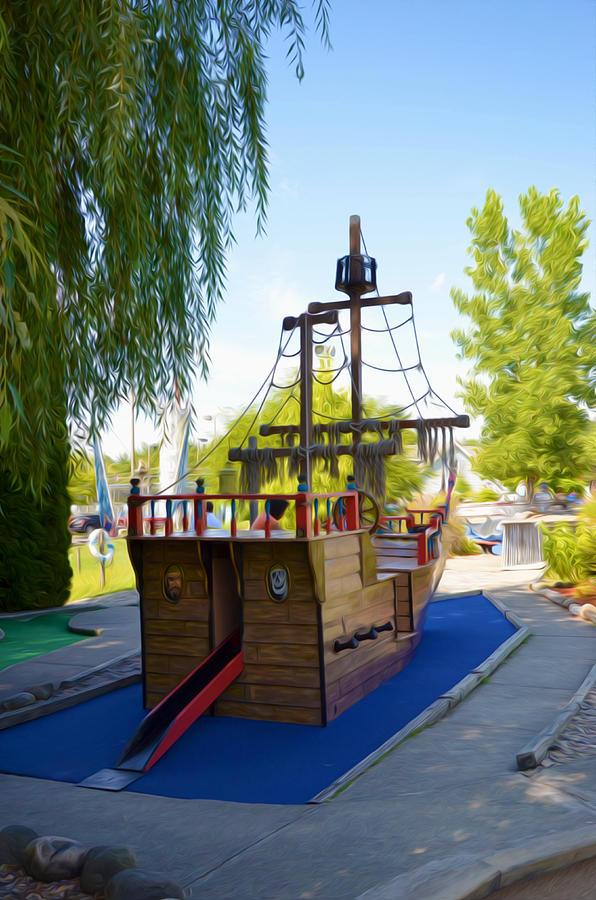 Funplex Funpark Boat 9 Painting