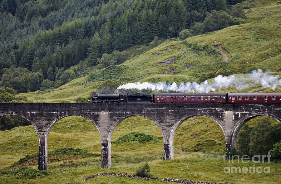 Glenfinnan Viaduct - D002340 Photograph