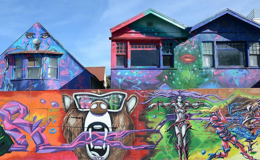 Graffiti House In Venice Beach Photograph - Graffiti House by Fraida Gutovich