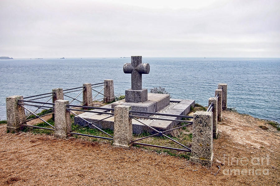 Grave Of Chateaubriand Photograph