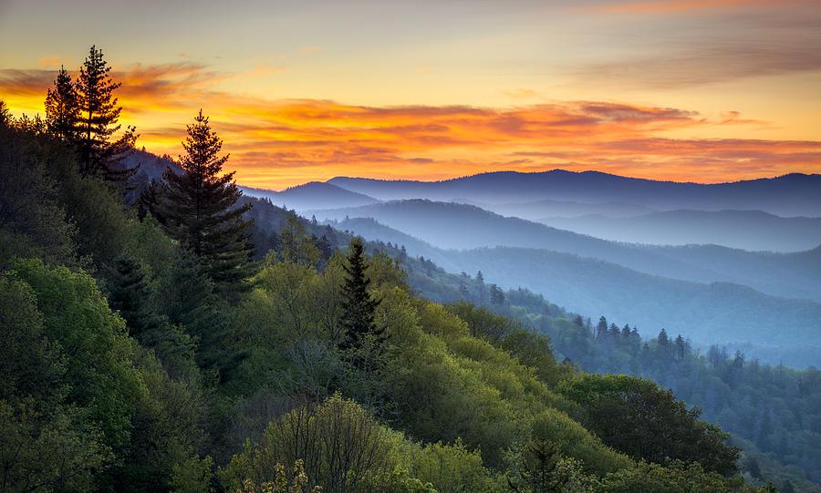 Great Smoky Mountains National Park - Morning Haze At Oconaluftee Photograph