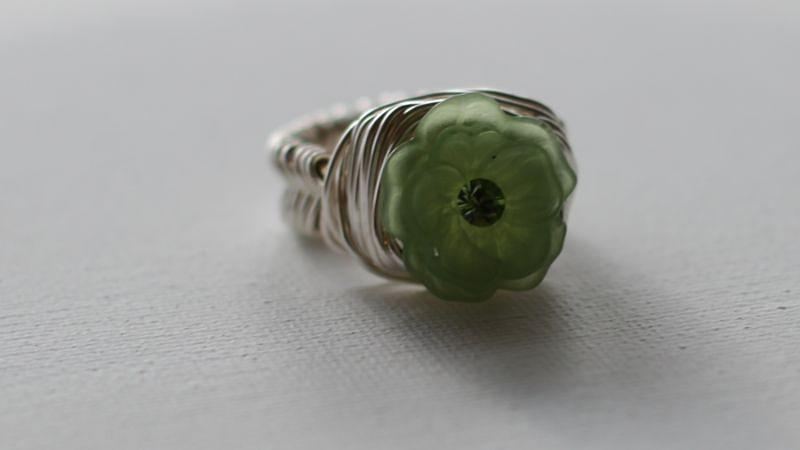 Green Flower Ring Jewelry