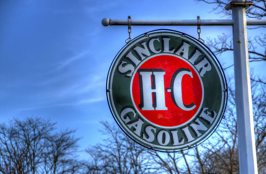 H-c Sinclair Gasoline Photograph