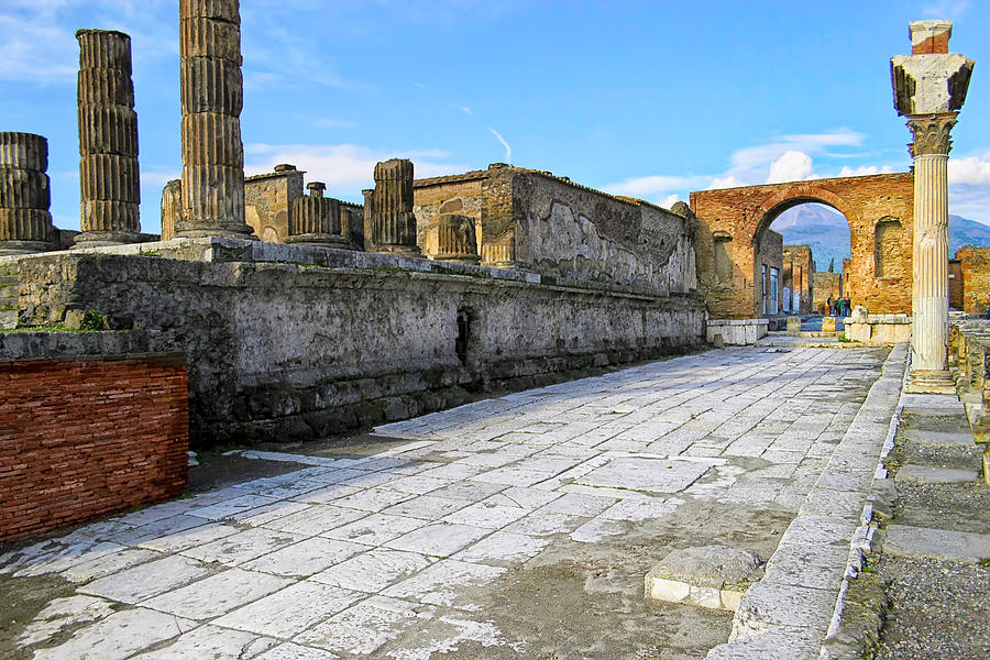Haunting Ruins Of Ancient Pompeii Photograph