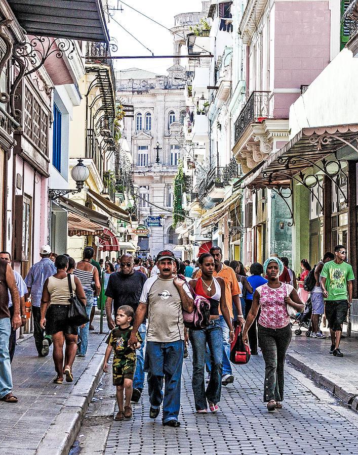 Havana Street V Photograph