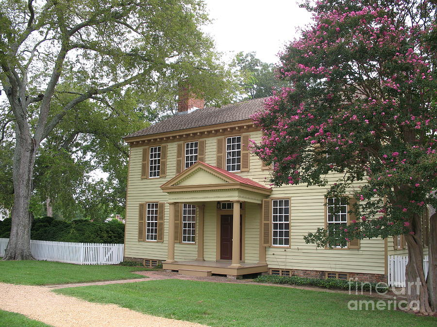 Homestead In Colonial Williamsburg Photograph