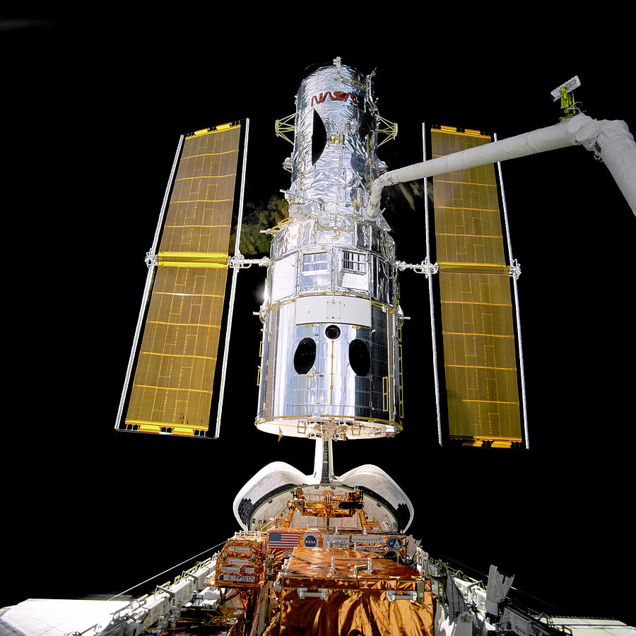 Hubble Telescope Redeployment Photograph