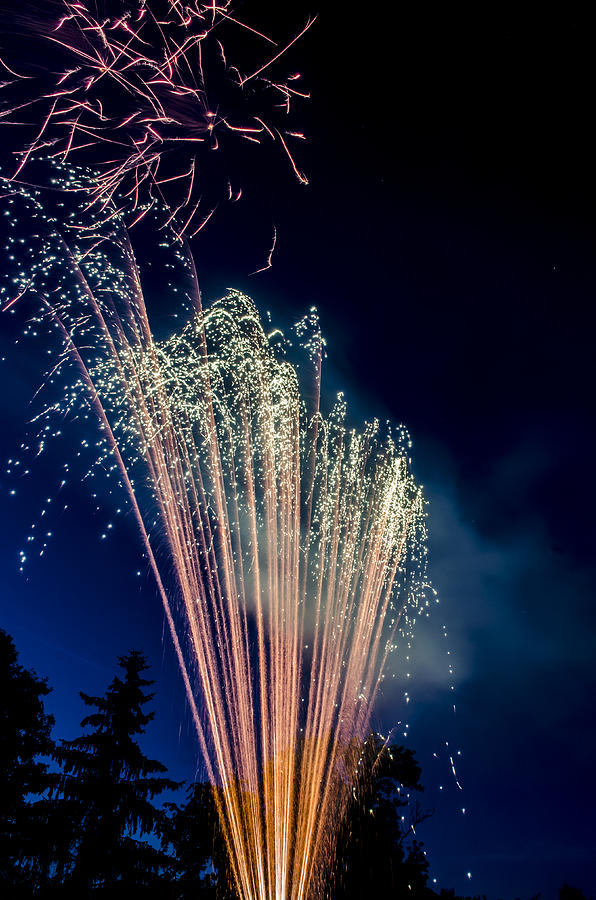 1855mm Photograph - Independence Day 2014 16 by Alan Marlowe