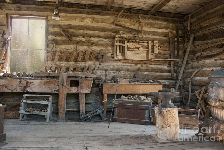 Interior Of Historic Pioneer Cabin Photograph By Juli Scalzi