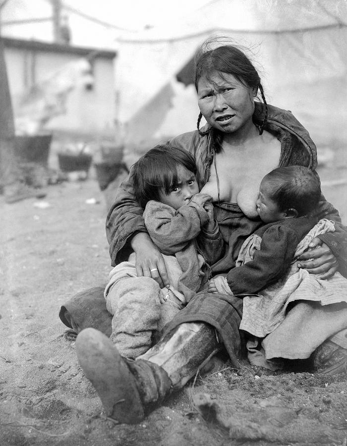 Inuit Nursing Two Babies Photograph By Underwood Archives