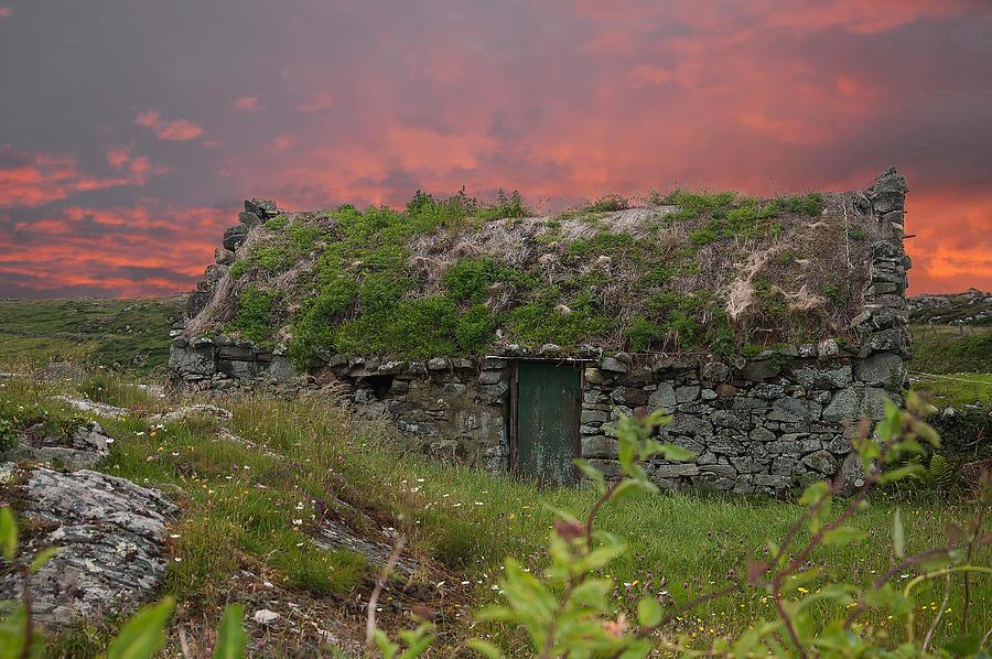 Irish Cottage Photograph by Rob Hemphill